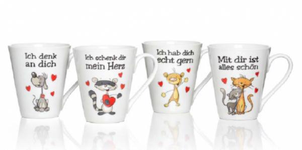 Tassen mit verliebten Tieren